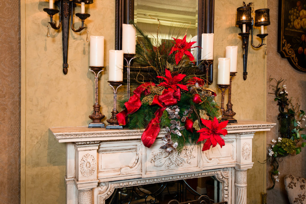 Christmas reds mantel piece_