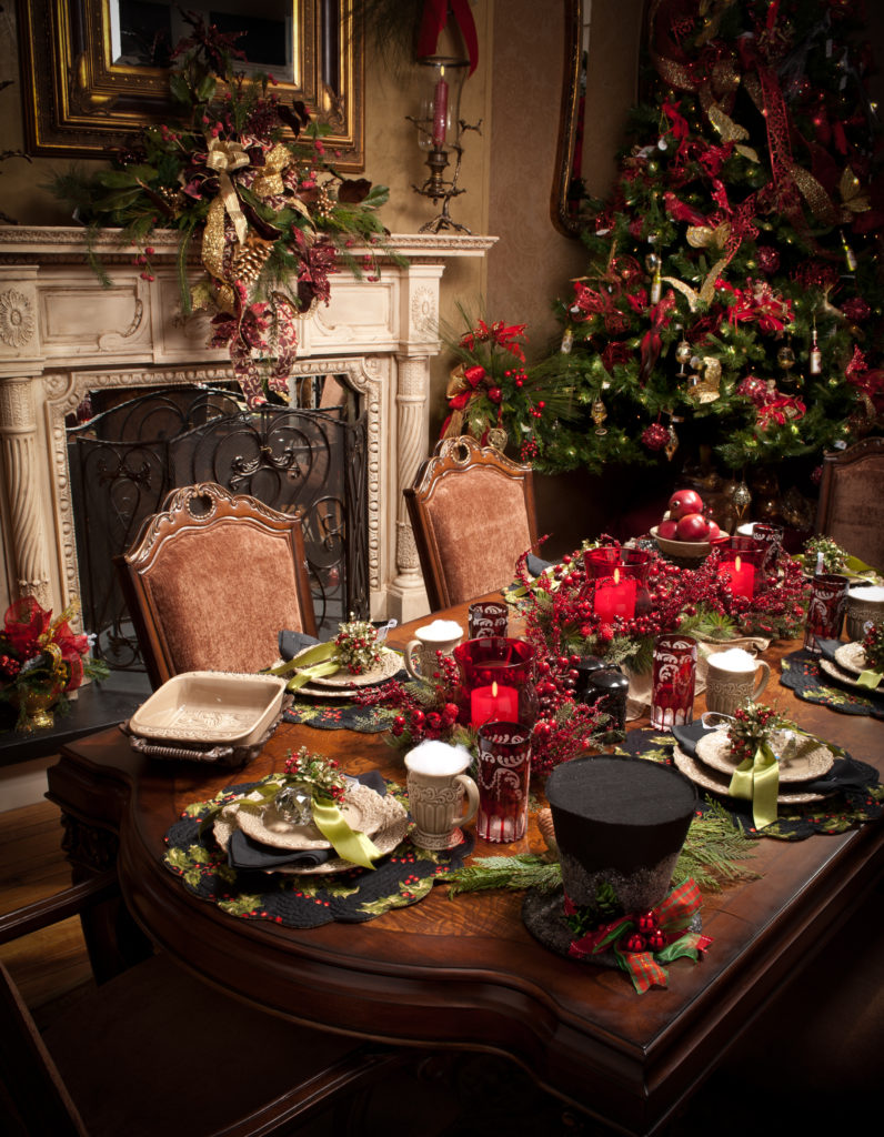 Christmas table decor reds_green tree