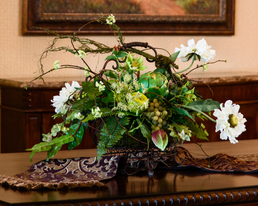 everyday floral center piece dinning room