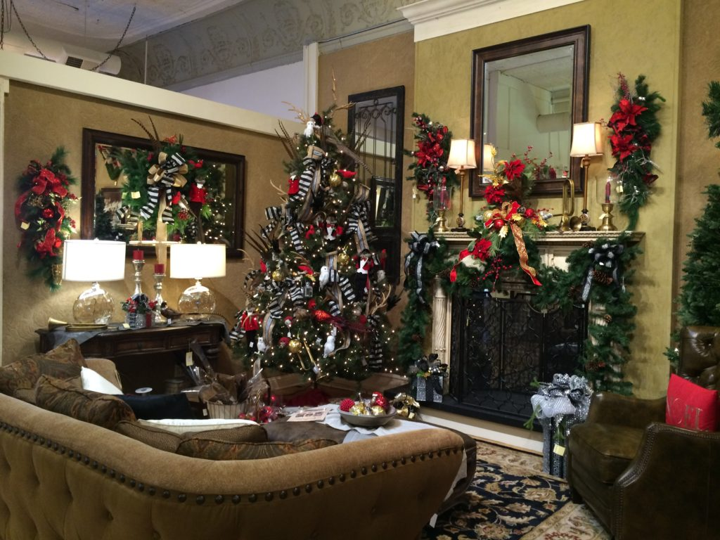 living room Christmas tree red_greens mirror gold sofa mantel piece