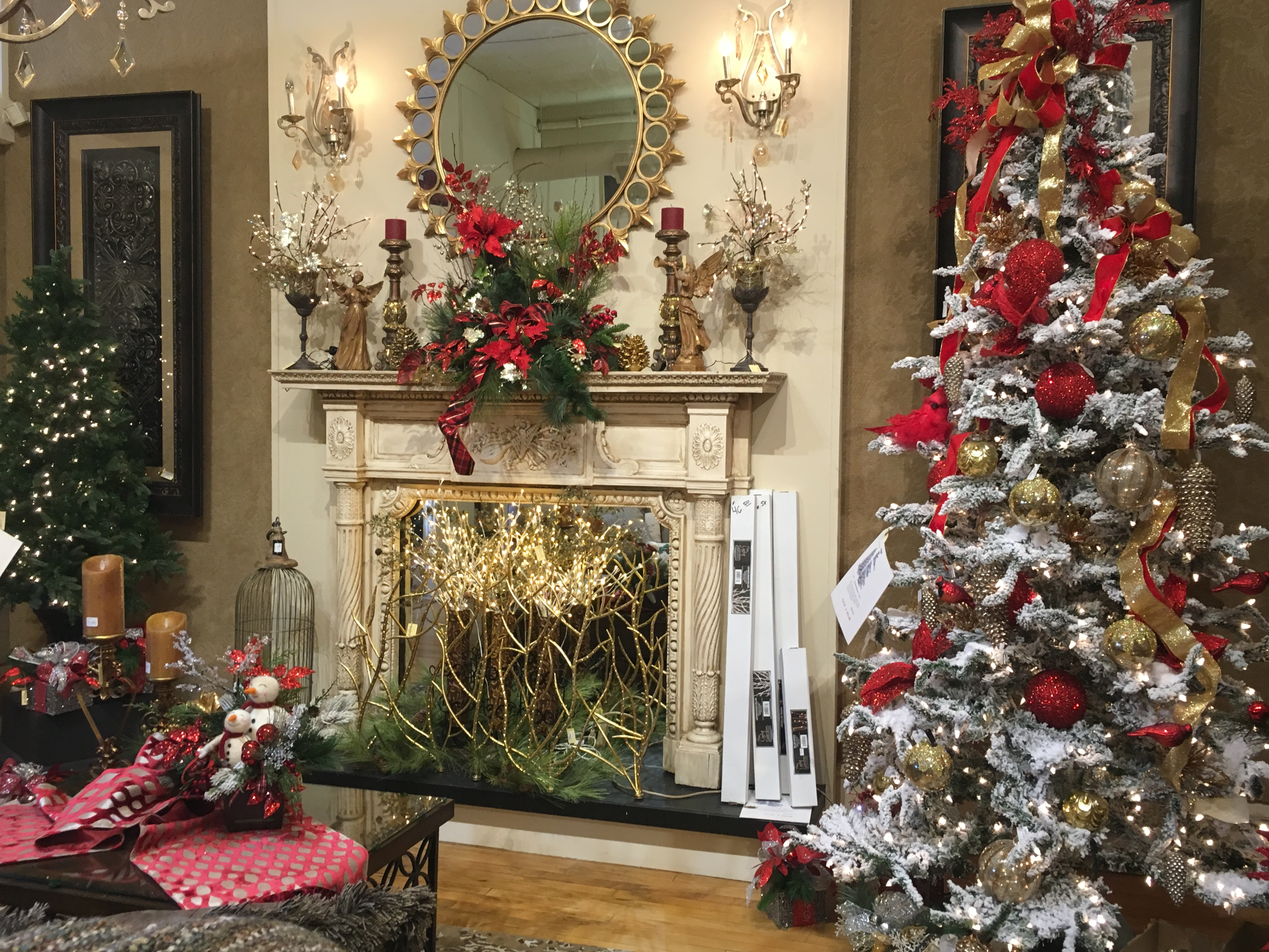 IMG_4788. black_white Christmas tree chalkboard_
